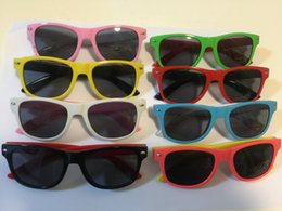 Wholesale Wholesale Framing Nails - 100pcs 2017 modern beach meters nail frame sunglasses children boys and girls sunglasses fashion children UV400 color glasses