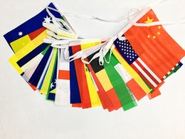 Wholesale Mini Banners - Set of 32PCS Country Flags Polyester Mini String Flags USA Australia Banner Flags Hanging Party Decorations for Club Bar Free Shipping