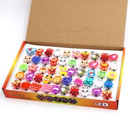 Argentina Los niños iluminaron los regalos de los regalos de los juguetes de los juguetes de la luz al por mayor que destellaban el anillo llevó los juguetes pequeños regalos 1356 Suministro