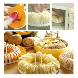 Wholesale Chips Machine - Wholesale-New DIY Microwave Oven Baked Potato Chips Homemade Maker Machine DIY Device with Slicer + Plate IC538