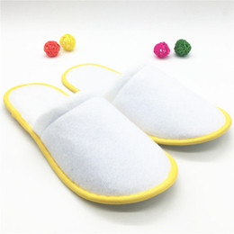 Wholesale White Spa Slippers - Thickening hotel tourist spa disposable slippers guest slippers disposable supplies cotton material safety hygiene
