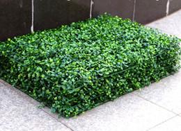 Tapis de buis en plastique artificiel en Ligne-2017 NOUVELLE Gazon Artificielle en plastique tapis tapis topiaire Milan Herbe pour jardin, maison, décoration de mariage Plantes Artificielles MYY