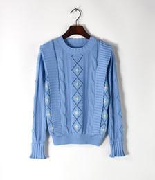 Piste design mode européen 2017 luxe Crochet À La Main fleurs bleu pull creux pull casual cintré ? partir de fabricateur