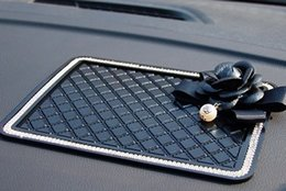 Wholesale Anti Skid Mats - Car anti-skid pad, instrument panel, silicone mat, perfume seat, eyes, sundries, disk, console, mobile phone, car mat