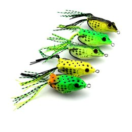 Wholesale Wholesale Bass Fishing Soft Baits - 5 Colors Soft Frog Lure Topwater Bass Fishing Bait with Double Hooks 6cm 18.9g Plastic Lifelike Fishing Tackle for Saltwater