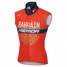 Wholesale Merida Team - WINDSTOPPER WINDPROOF 2017 BAHRAIN MERIDA PRO TEAM RED Sleeveless Vest ONLY Bicycle Bike Wear Cycling Jersey Size XS-4XL