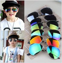 Wholesale Children Sunshades - Hot 2017 Design Children Girls Boys Sunglasses Kids Beach Supplies UV Protective Eyewear Baby Fashion Sunshades Glasses MOQ:25PCS