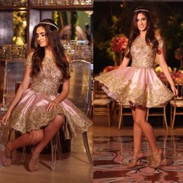Wholesale girls short homecoming prom dresses - Shinning Off The Shoulder Prom Dresses A Line Short Sleeves Short Party Dress Cheap Gold Appliques Beads Homecoming Dress Girls Formal Wear