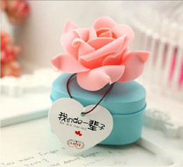 Wholesale Hearts Favor Box - Heart Shaped Tinplate Candy Box With Rose Flower Fashion Gift Boxes For Romantic Wedding Favor Free Shipping