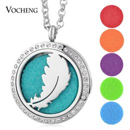 Wholesale Stainless Steel Feather Necklace - Perfume Aromatherapy Locket Necklace 316L Stainless Steel Feather Pendant Essential Oil Diffuser Crystal Magnetic without Felt Pads VA-276