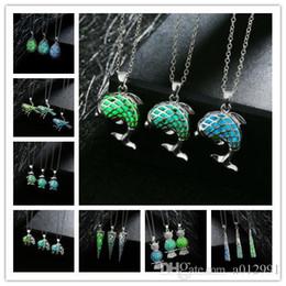 Wholesale Men Owl Pendants - 3 colors European 24 Styles Luminous Owl Necklaces Wholesale Glow In Dark Necklaces For Women Men Owl Meimaid Luminous Gemstone Jewelry
