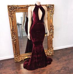 imagens de vestidos de veludo Desconto Sexy Borgonha Keyhole Alto Pescoço Oco Prom Vestidos de Veludo Sereia Longos Formais Vestidos de Noite Para Imagens Reais
