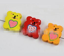 200 unids / lote venta caliente DIY mezcla abrazos de Color oso accesorios cuentas de madera Accesorios de joyería de madera lindo diy corazón oso cuentas de madera envío de la gota desde fabricantes