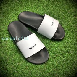 Wholesale Casual Ties - Summer top quality men and women non-slip slipper cheap and comfortable fashion sandals 4 colors choose.