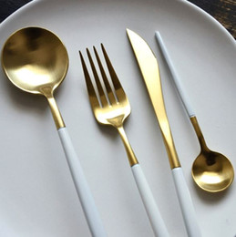 Wholesale Stainless Steel Flatware Cutlery - 8 color Dinnerware Set top Quality 304 Stainless Steel Dinner Knife Fork and soup coffee ice cream Spoon Teaspoon Cutlery flatware sets h123
