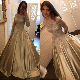 Wholesale elegant backless evening gowns - 2018 Elegant Champagne Prom Dresses Off The Shoulder A Line Long Sleeves Applique Satin Lace Sweep Train Vintage Evening Gowns BA7165
