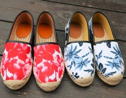Wholesale Clay Leaves - Top quality classic luxury brand Thick bottom Sexy Embroidered stripes Ink bamboo leaves canvas flowers loafers Lazy Espadrilles Flats