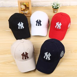 Wholesale Wholesale Football Caps Hats - 12 colors Yankees Hip Hop MLB Sports Snapback basketball NY Hats Men Women Adjustable Football Cap flat sun hat bone gorras cheap Casquette