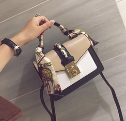 Wholesale Ha Women - wholesale brand package, fashion scarves, portable small bag street shot, the same type of hit color handbags, elegant stitching leather ha