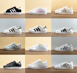 Wholesale Female Toe - 2017 new holographic shoes Fashion Men Casual Shoes Superstar Female Sneakers Women Zapatillas Deportivas Mujer Lover Sapatos Feminino 36-44