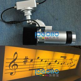 Canada Nouveau Portable En Plein Air Gobo Projecteurs 30W Led Gobo Gobo Modèles Lumière Star Flocons De Neige Spotlight Lampe Halloween Décoration Murale Partie Lumière Offre