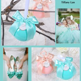 Wholesale Sweet Boxes Weddings - Wedding Favor Box European Candy Box Wedding Ball Sugar Box Tiffany Blue Sweet Pink Apple Green Transparent Red Gift Craft