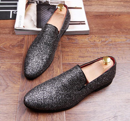 Wholesale Shoes For Pageants - New Designer Men Evening glitter pointed Shoes Loafer For Male Homecoming Pageant Party dress wedding Sapato Social Masculino 1