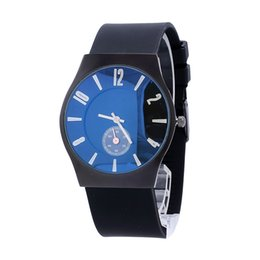 Wholesale Simple Men Watch - Hot Brand New Man Quartz Watch Cheap High Quality Soft Silicone Band Men Sporst Watches Luxury Slim Simple Design Relogio Masculino