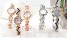 Wholesale Metal Digital Watches - Fashion Ladies Quartz Bracelet Watch Rose Gold Female Wristwatch Luxury Montre Femme Metal Band Women Rhinestone Watches