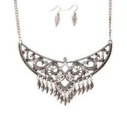Wholesale Vintage Womens Sweaters - New Arrival Vintage Ethnic Style Necklace Earring Jewelry Set Maple Leaves Sweater chain Wholesale Fashion Womens Jewelry