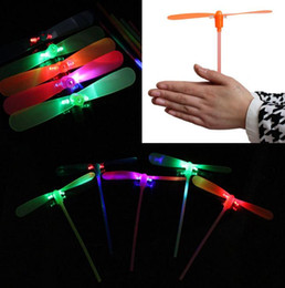 Wholesale Toys Favors - LED Flashing Flying Dragonfly Toy Plastic Helicopter Boomerang Children kids Party Christmas favors gift festive gift