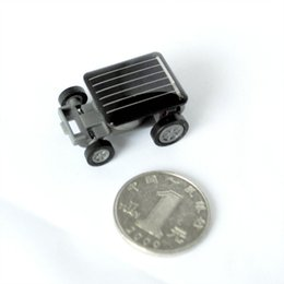 Wholesale Small Solar Powered Toys - Wholesale-1pc Smallest Mini Car Solar Powered Toy Car New Mini Children Solar Toy Gift