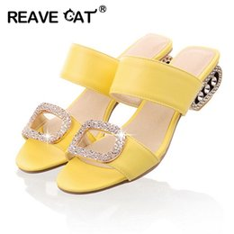 Wholesale ladies heels wholesale - Wholesale- Women Sandals Ladies Summer Slippers Shoes Women Low Heels Sandals Large Size 9 10 Fashion Orange Rhinestone Shoes Yellow