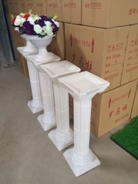 Wholesale wedding plastic column - Free Shipping 2 pc lot Fashion Wedding Props Decorative Roman Columns White Color Plastic Pillars Road Cited Party Event
