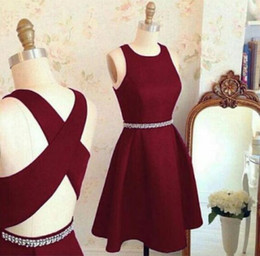 Wholesale Crossing Size Short - Dark Red Pearl Sash Short Prom Dresses Scoop Neck Sleeveless Back Criss-Cross Homecoming Dresses Party Gowns