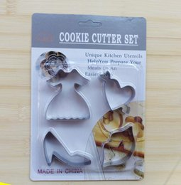 Wholesale Shoes Frame - SCC19 Dress High-heeled Shoes Cookie Cutter Set Stainless Steel Baking cake mold Fondant frame Sugarcraft Biscuit Cutter Bakeware tools
