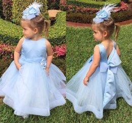 Wholesale Sky Blue Pageant Dress Child - Light Sky Blue Flower Girls Dresses Children Jewel Backless Girls Pageant Dress With Bow Organza Ankle Length First Communion Dress Cute