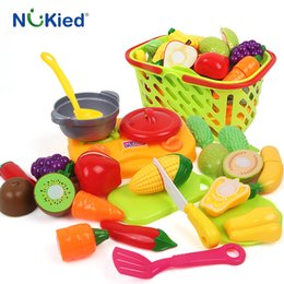 Wholesale Toy Cutting Fruits Vegetables - NUKied 18PC Cutting Vegetable Fruit Food Pretend Play Toy For Children Kid Educational kid's Kitchen Educational Toy With Basket