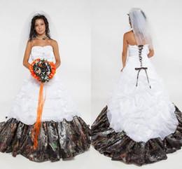 elástico de cetim vestido de bola vestidos de noiva Desconto Plus Size Vestidos de casamento de Camo Strapless Organza Ruffles Satin Elastic Custom Made Corset Lace vestido de baile Wedding Chapel vestidos de noiva 2019