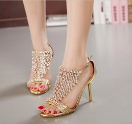 Wholesale Bridesmaid Shoes Gold Sandals - 2017 Peep Toe Sparkling Beading Crystal Bridal Bridesmaid Luxury High Heels Party Prom Shoes Sandals Pumps Wedding Women's Dress Shoes