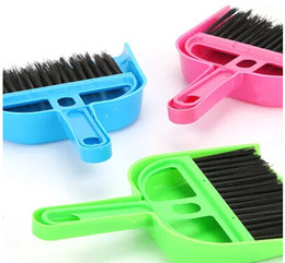 Wholesale Mini Dustpan Brush - Home mini plastic desktop cleaning brush computer keyboard small broom broom garbage shovel dustpan set