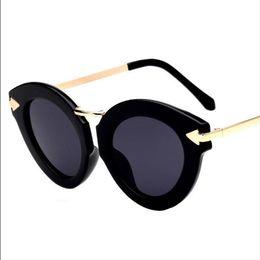 Wholesale Arrow Glass Lens - Sunglasses for women men sun glasses Casual mirror UV400 AC lens Big frame plastic frame beach Fashion Accessories new gift arrow Cat's eye