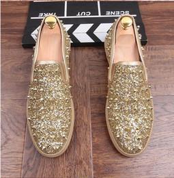 Wholesale Trendy Wedding Shoes - 2017 Fashion Men Trendy Graffiti Sequins rivet Flats Casual Shoes loafers Moccasins Male leisure Shoes hombre DH41