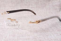 Heiß-verkaufender hochwertiger Luxusradrahmen 8100903 Natürliche Schwarzweiss-Gläser arbeiten Freizeitmänner und Frauengläser um Größe: 54-18-140mm von Fabrikanten