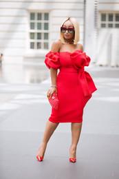 vestidos de festa do clube curto sem alças Desconto Hot Red Strapless Vestidos de Cocktail Curto Grande Arco Frente Atraente Vestido de Festa À Noite para As Mulheres Removível Manga Curta com Bolso Vestido de Baile