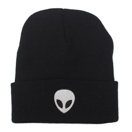 Wholesale Cool Beanie Hats For Women - Europe Style Fashion Street Knitting Hat Embroidery Alien Cap For Men And Women Autumn Winter Beanie Skull Hat Warm Soft Cool Cap