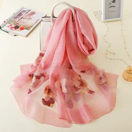 Canada 200cm * 80cm broderie de fleurs de couleur solide 40% soie et 60% écharpe en laine belle fille cadeau longue et douce petite amie Offre