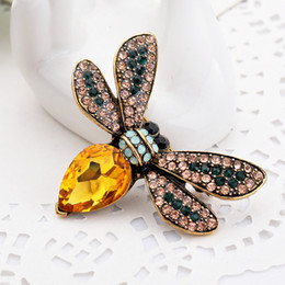 Wholesale Vintage Honey - Multicolor Vintage Jewelry Insects Brooches Honey Bee Brooches Enamel Animal Insect Pins Up Bijoux XZ21
