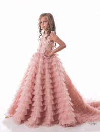 Wholesale Pretty Red Dresses For Girls - 2017 Pretty Blush Pink Flower Girls Dresses Ruched Tiered Puffy Girl Dresses for Wedding Party Gowns Pageant Dresses Sweep Train