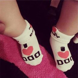 Wholesale Dad Socks - Free shipping Lovely Newborn Baby Toddler Boys Girl Cotton Love Mom Dad Soft Socks Rubber Slip-resistant Floor Socks for 0~6 Months SEN056